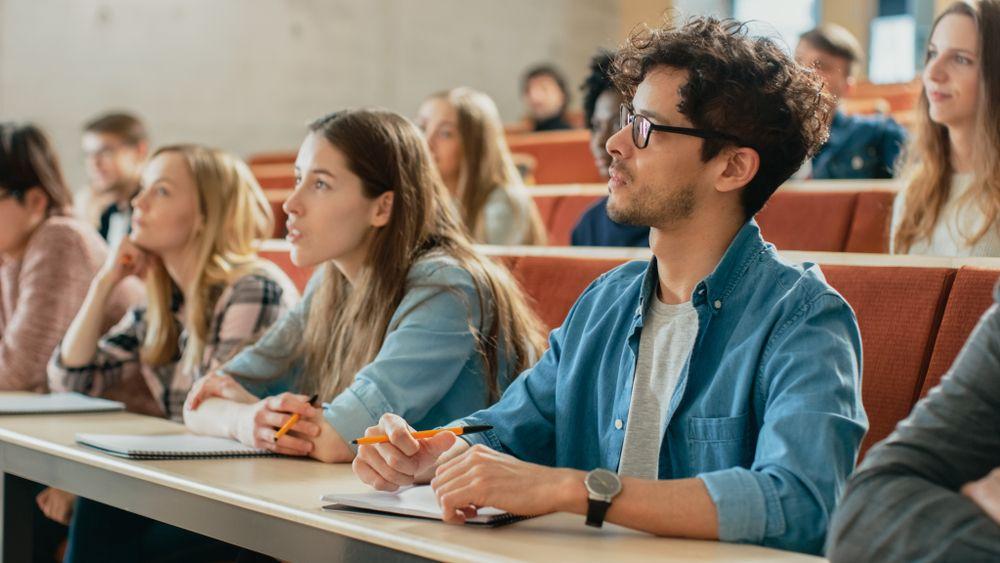 préstamos privados para estudiantes